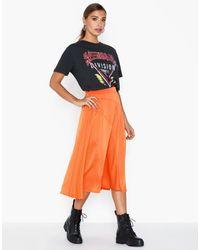 Vero Moda Vmgabbi Nw Calf Skirt Wvn Ga - Oranje