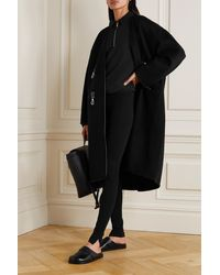 Totême Mantel Aus Einer Gebürsteten Woll-kaschmirmischung Mit Lederbesätzen - Schwarz