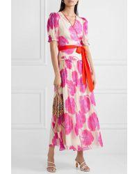 Diane von Furstenberg Maxi-wickelkleid Aus Bedrucktem Seidenchiffon In Knitteroptik Mit Rüschen - Pink