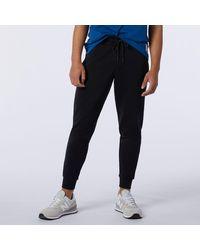 New Balance Nb Essential Sweatpant - Black