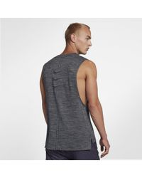 164aad2f49adf Nike Rise 365 Run Division Running Top in Black for Men - Lyst