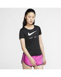 Nike Top da running a manica corta - Nero