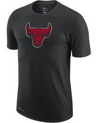 Nike Chicago Bulls Earned Edition Camiseta Logo Dri-FIT de la NBA Negro
