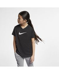 Nike Dri-FIT Trainings-T-Shirt mit Swoosh - Schwarz