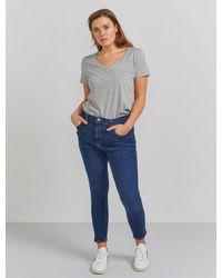 Ninetypercent Organic Cotton Classic Fit V-neck T-shirt - Grey