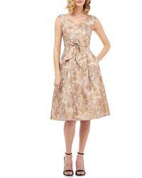 Kay Unger Chloe Sleeveless Birds Of Paradise Jacquard Midi Dress - Multicolour