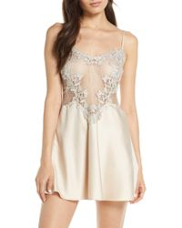 Flora Nikrooz Showstopper Chemise - Natural