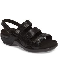 Aravon Pc Wedge Sandal - Black