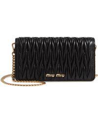 Miu Miu Matelassé Clutch With Chain - Black