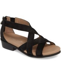 Bettye Muller Concepts Banyan Sandal - Black