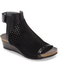 Naot - Oz Wedge Sandal - Lyst
