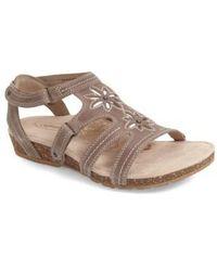 Aetrex - Natasha Leather Gladiator Sandals - Lyst