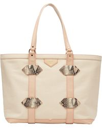Kelly Wynne Water Resistant Out Of Town Tote - Multicolor