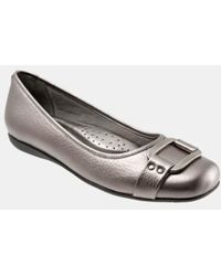 Trotters - 'sizzle Signature' Flat - Lyst