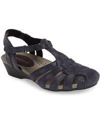 Aravon Standon Wedge Sandal - Blue