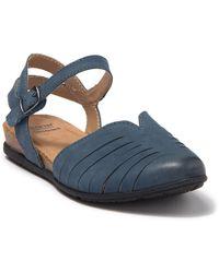 Earth Peyton Wedge Sandal - Blue