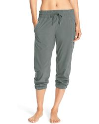 Zella Out & About Crop Sweatpants - Green