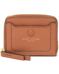 ea1fffa700d Marc Jacobs Empire City Str Leather Wallet in White - Lyst