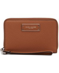 Marc Jacobs - Too Hot To Handle Leather Zip Wristlet - Lyst