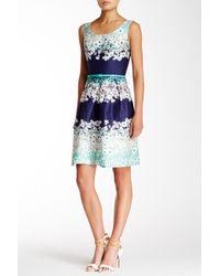 Marina - Sleeveless Pleated Floral Dress - Lyst