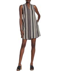 Lush Sleeveless Shift Dress - Black