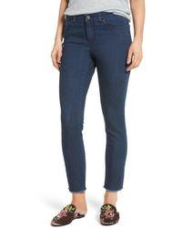 Caslon Caslon Frayed Hem Skinny Ankle Jeans - Blue