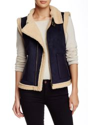 Pink Martini - Drift Away Faux Leather Trim Faux Fur Vest - Lyst