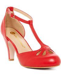 In Touch Footwear - Kimmy Cutout T-strap Pump - Lyst