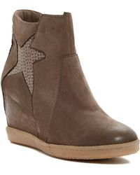 Miz Mooz - Avi Wedge Trainer - Lyst