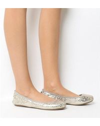 Butterfly Twists Sophia Pump - Natural