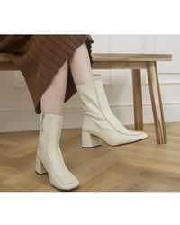 Office Anatomy Low 60's Style Boots - Natural