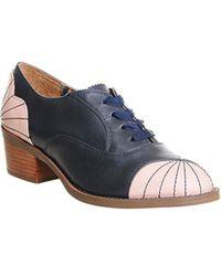 Miss L-fire Guess Williamsburg Shoe - Blue
