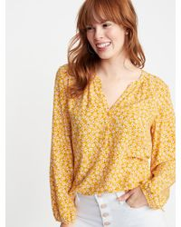260f237d1f2 Old Navy - Printed Split-neck Blouse - Lyst