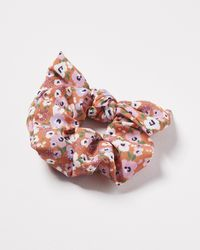 Oliver Bonas Coral Daisies Bow Scrunchie - Orange