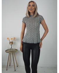 Ontrend Linn Black/white Print Short Sleeve Top