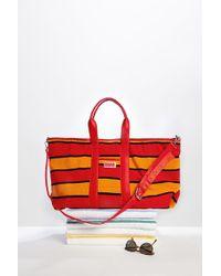 b1e575a2a7e Lyst - Tory Burch Thea Mini Bucket Bag - Bark in Red