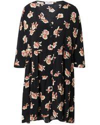 EDITED Marisa Dress Aop Warm Rose - Black