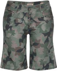 coccara Bermudas »CURLY BTN SHORT« Short im floralem Design, zum Crempeln, Camouflage - Grün