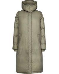 Calvin Klein Steppmantel »LONG LS CRINKLED PUFFER COAT« mit modisch gestepptem Futter & großem Logo-Badge - Grün
