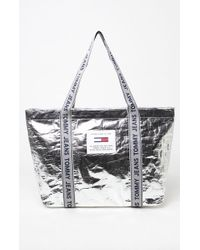 Tommy Hilfiger Logo Tote Bag - Metallic