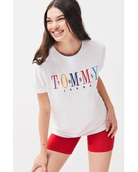 3926a5f3 Tommy Hilfiger Logo Short Sleeve T-shirt in White - Lyst