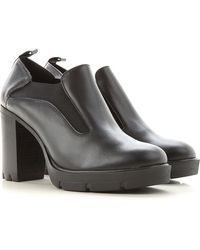 Janet & Janet Court Shoes & High Heels For Women - Black
