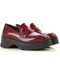 Janet & Janet Loafers For Women - Red