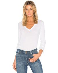 Monrow - Jersey Long Sleeve V Neck Tee In White - Lyst