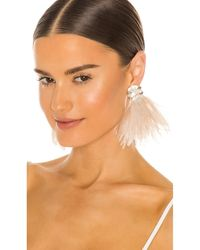 Ranjana Khan Pendientes baroque pearl and ostrich feather burst - Neutro