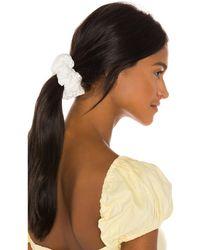 Lele Sadoughi Oversized Scrunchie В Цвете Белый. Люверсы - White. Размер All. - Многоцветный
