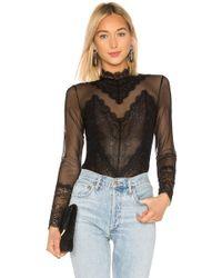 BCBGMAXAZRIA - Bcbg Scalloped Lace Bodysuit - Lyst