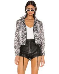 superdown Куртка-ветровка Fiona В Цвете Серая Змея - Gray. Размер Xs (также В Xxs). - Серый