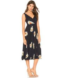 Vince - Gardenia Floral Pleated Twist Front Dress - Lyst