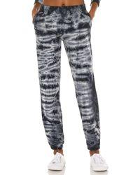 Monrow Womens Stitched Elastic Sweats W//Faded Stars